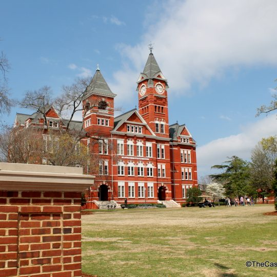 Prepping for a College Visit: Tips for Parents and Students