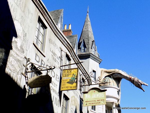 Universal Studios: Logistics of Lockers, Express Pass, and Diagon Alley