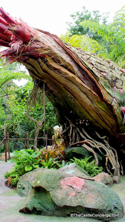 Flaska Reclinata is an interactive plant in Pandora.