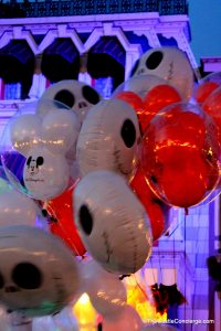 Halloween Balloons at Mickeys Not So Scary Halloween Party