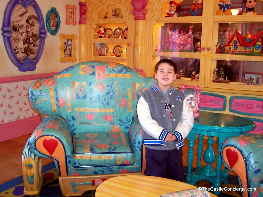 Minnie's Country House in Toontown Fair.