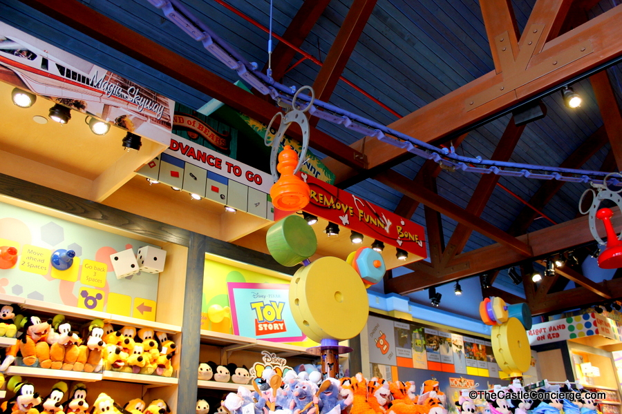 Once Upon A Toy Store: Tips for Parents Taking Kids to Disney Springs at Walt Disney World / If you want to take the kids to Disney Springs, but you're not sure what to do there, then this post will help you! It includes tips for parents to survive a trip to Disney Springs, even on a strict budget – yay! Click through to check out all the activities and tips.