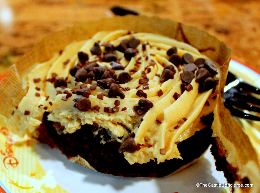 Peanut butter brownie at The Mara