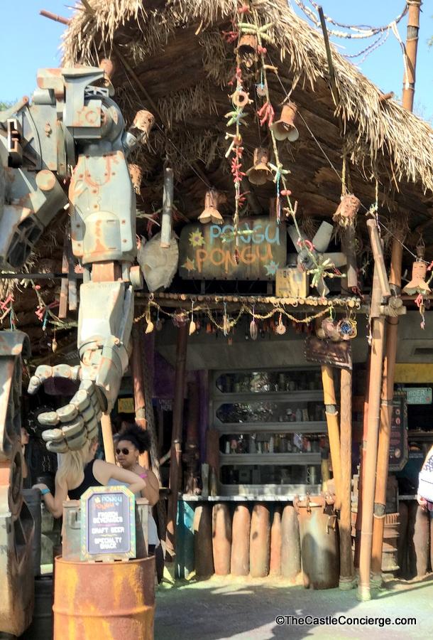 Pongu Pongu serves up drinks in Pandora.