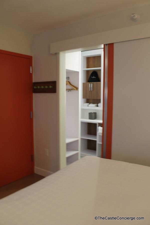 Pop Century Renovated Room 024